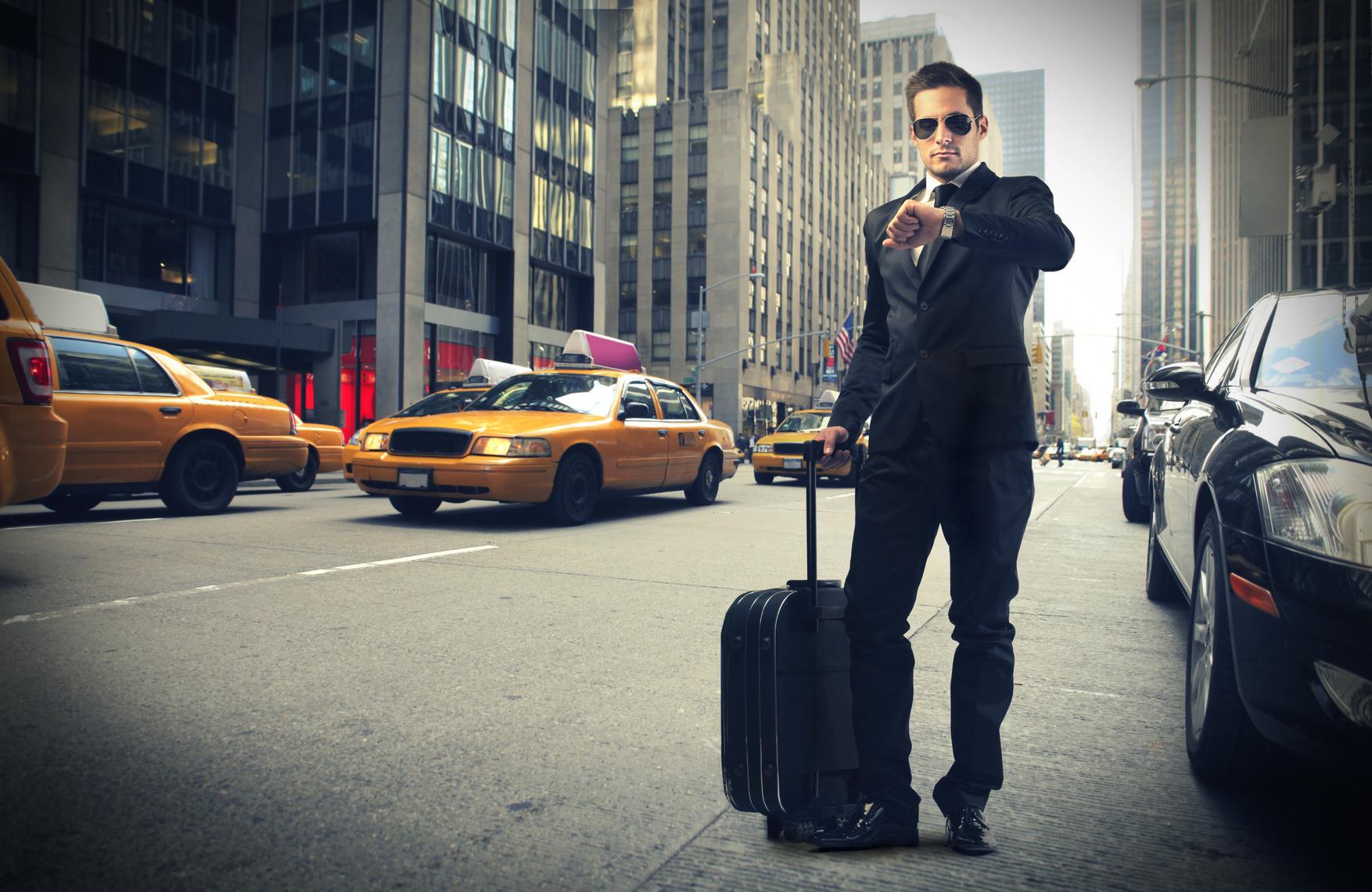 photodune-3549754-businessman-in-new-york-m